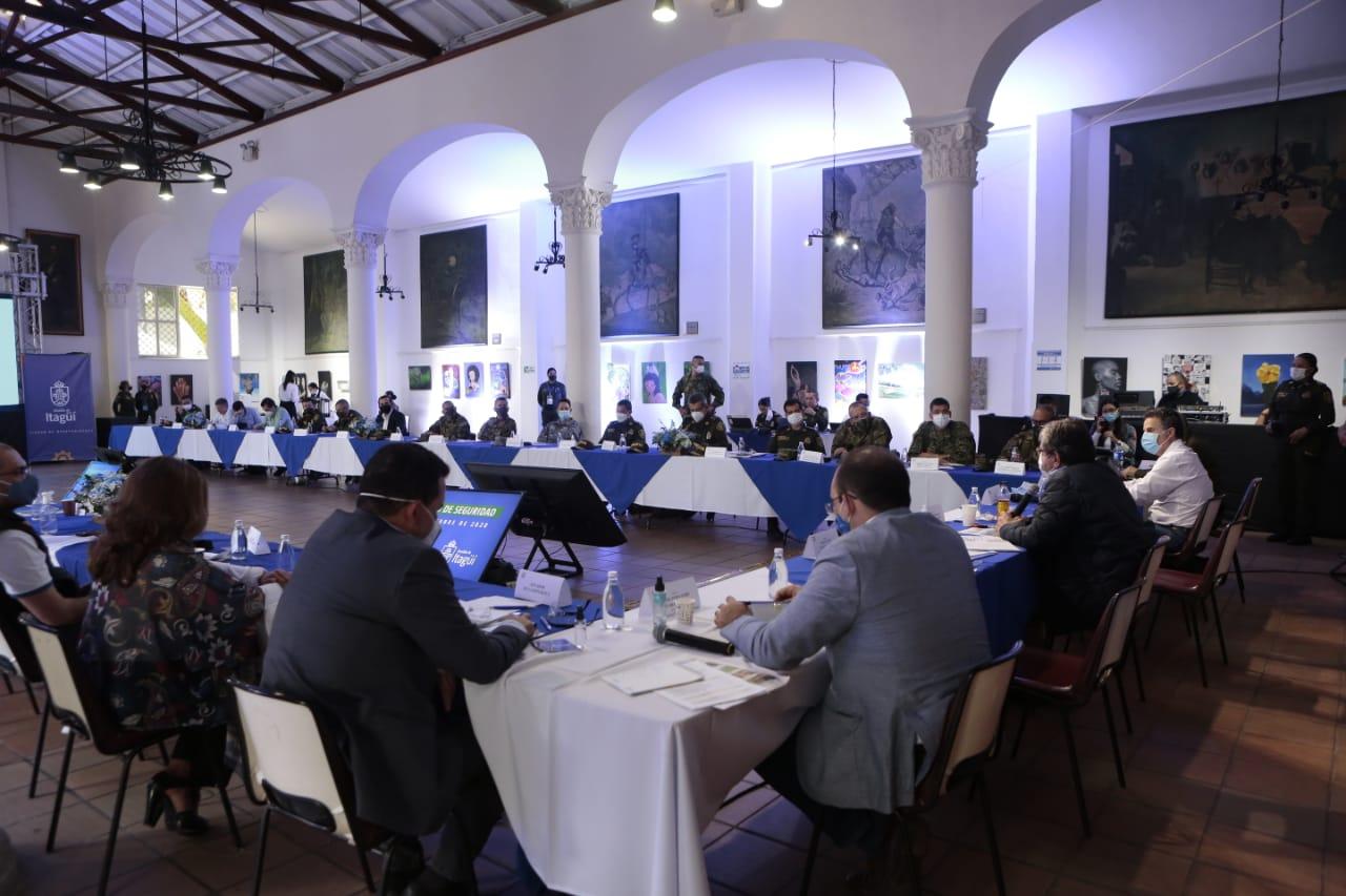 Más policías para Itagüí y el fortalecimiento de operaciones para disminuir homicidios en Antioquia
