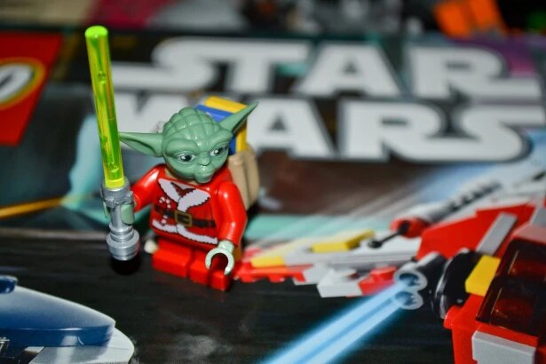 ¡Qué suerte! En bolsas de basura, pareja encontró objetos de Star Wars que valen 500.000 dólares