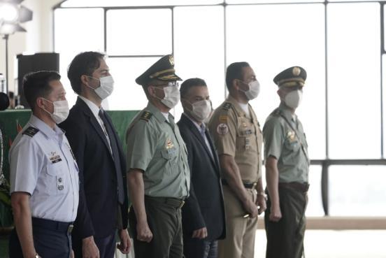 Gobernador de Antioquia destacó el trabajo realizado por el Brigadier General Eliecer Camacho al frente de la Policía Metropolitana del Valle de Aburrá
