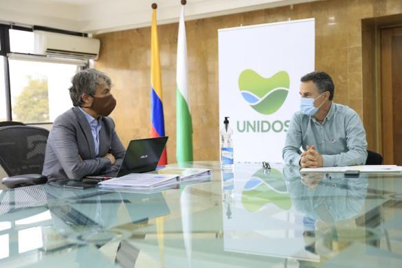 El Director del DANE entregó a la Gobernación de Antioquia información socioeconómica para avanzar en su reactivación económica