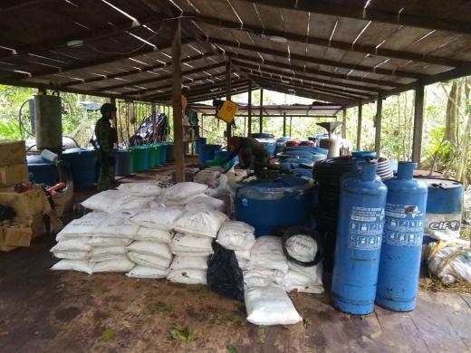 Ejército Nacional destruyó gigantesco laboratorio para producir 4 toneladas mensuales de pasta base de coca