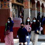 Monjes budistas baten récord: Bután, (país asiático) vacunó a casi toda su población adulta contra el coronavirus en 16 días