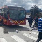 Comerciantes vuelven a protestar en Bogotá y bloquean TransMilenio